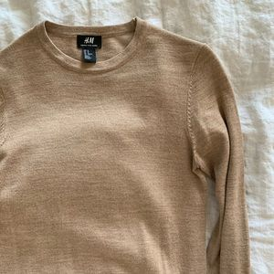 H&M camel crewneck sweater